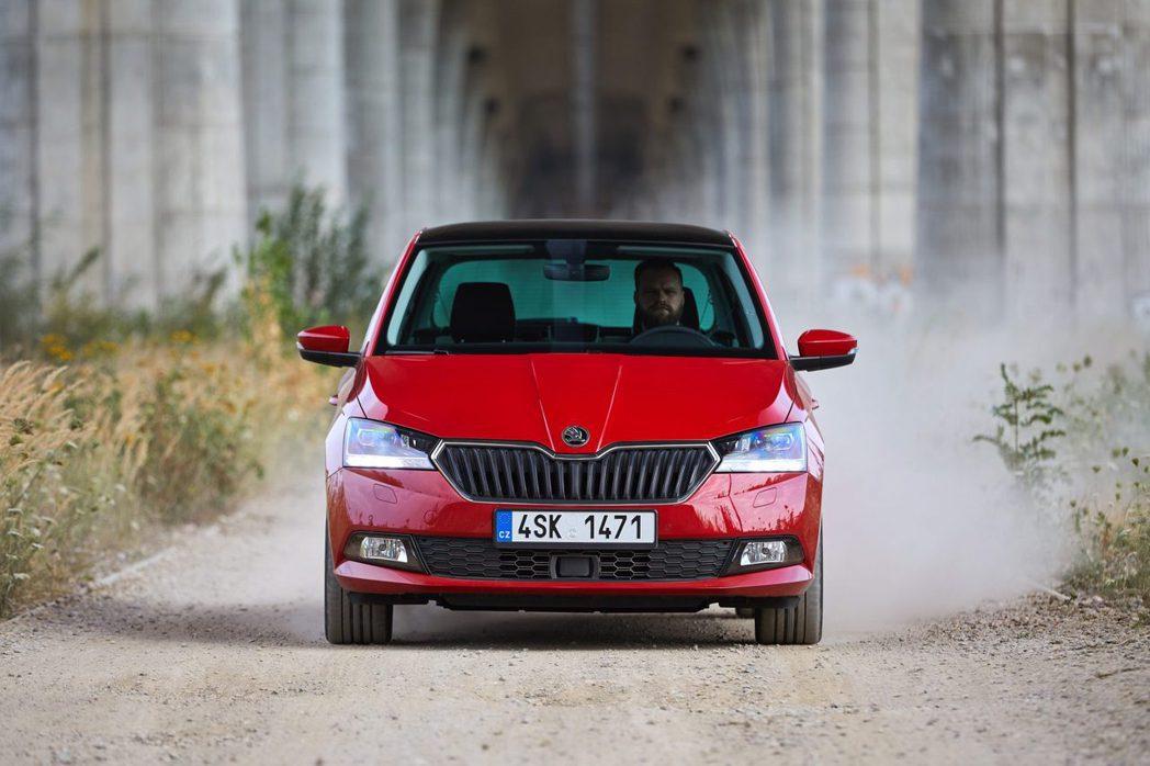 儘管第三代車型已進入產品末期,但ŠKODA Fabia去年在全球仍交付破十萬輛的...