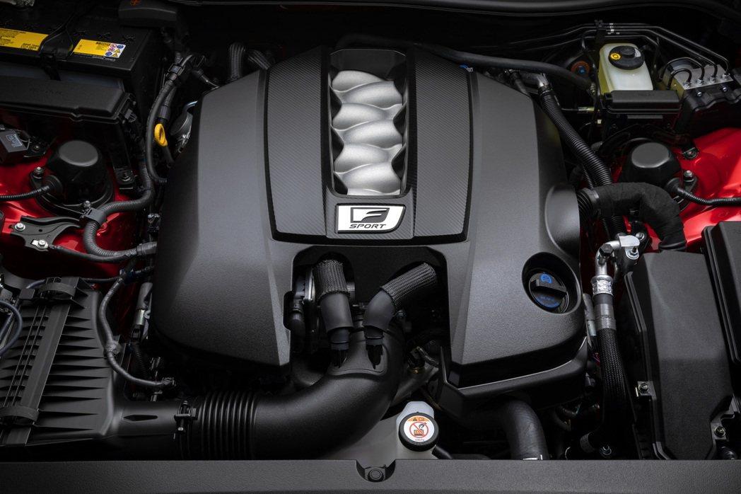 5.0升V8自然進氣引擎,可輸出472hp/57.6kgm。 圖/Lexus提供