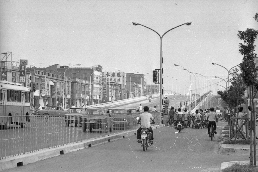 光華橋,攝於1971年。 圖/聯合報系資料照