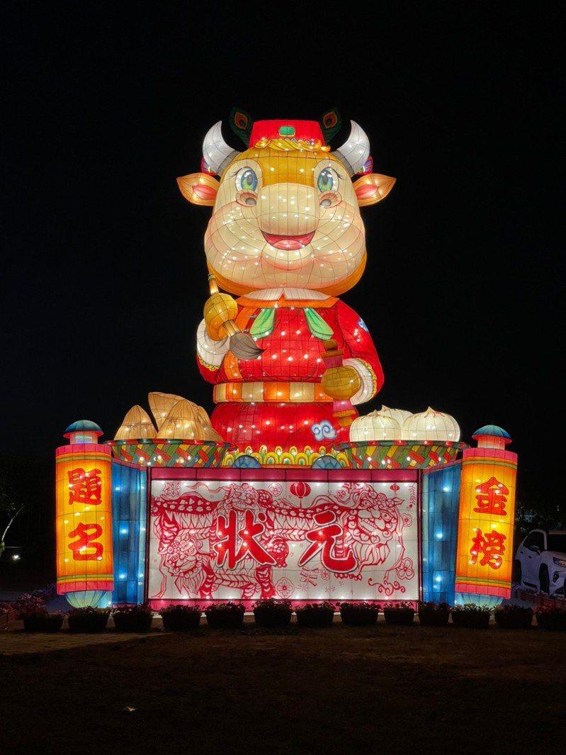 台灣燈會副燈「犢站金榜」,將於2月26日至3月7日,在台南的北門遊客中心前廣場亮相。圖/交通部觀光局提供