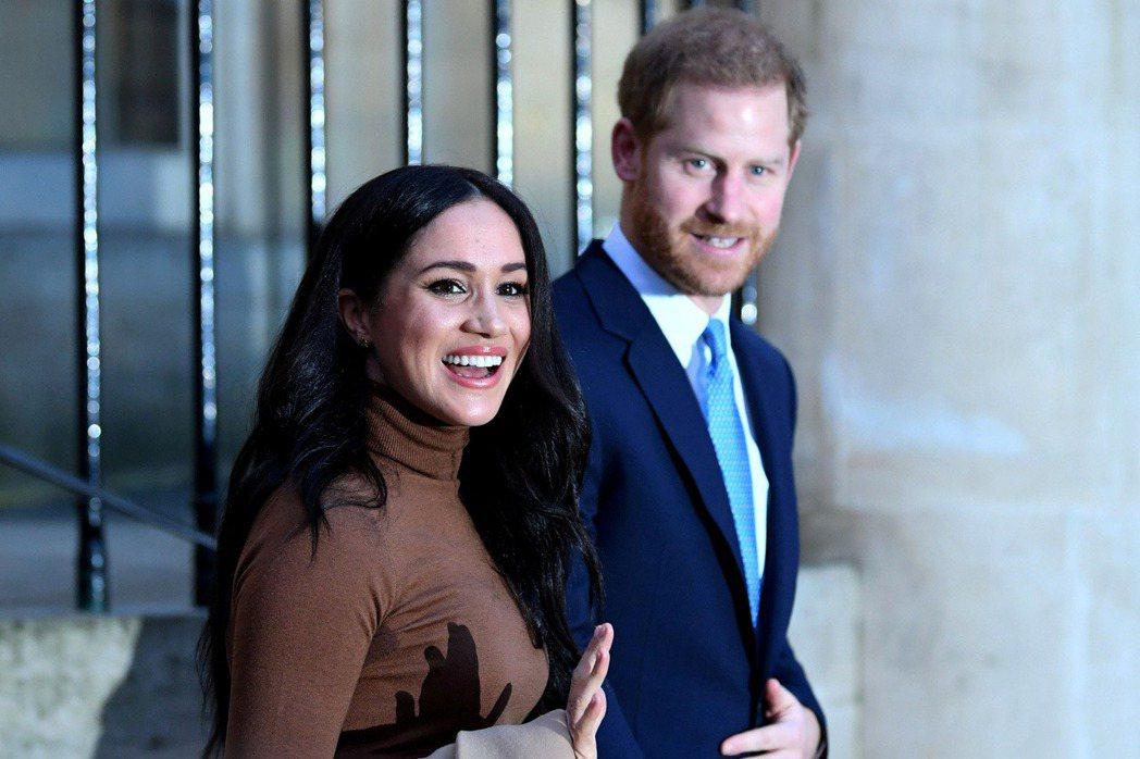 梅根和哈利在美國一再試探英國皇室的底線,屢屢造成彼此的衝突。圖/路透資料照片