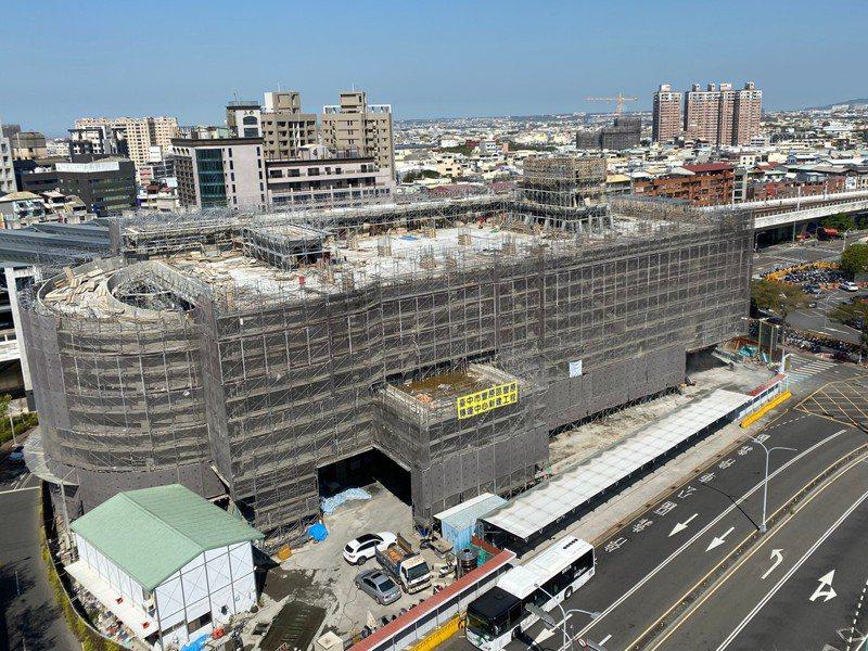 豐原轉運中心預計今年底完工,將成為山城地區重要交通樞紐。圖/台中市府交通局提供