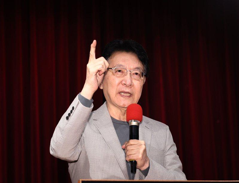 趙少康今舉行記者會向蔡政府提施政建議,推動議會內閣制和18歲公民權與不在籍投票。記者曾原信/攝影