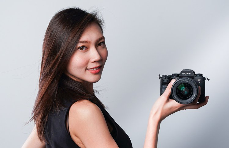 Sony α1全片幅相機將於3月9日在台上市,單機身建議售價174,980元。圖...