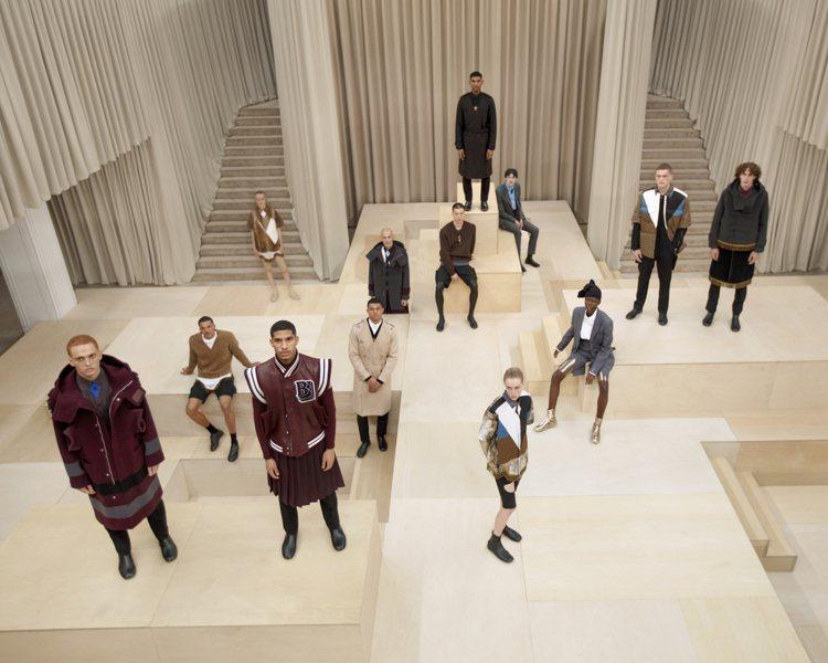 BURBERRY在倫敦攝政街旗艦店裡重新設計過的展示空間發表2021秋冬男裝。圖...