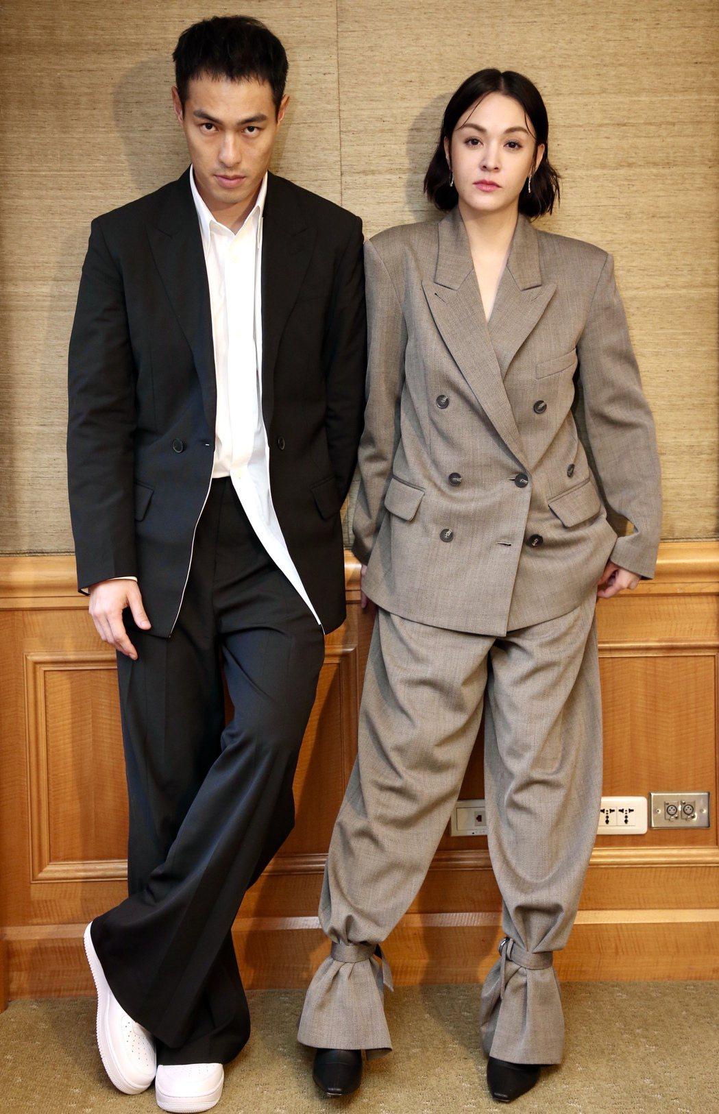 楊祐寧(左)、張榕容(右)在新片「複身犯」皆飾演遺失孩子的父母。記者林俊良/攝影