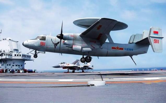 中國空警-600目前正處於試驗階段。這款中國預警機與美國的E-2「鷹眼」類似。(新浪微博照片)