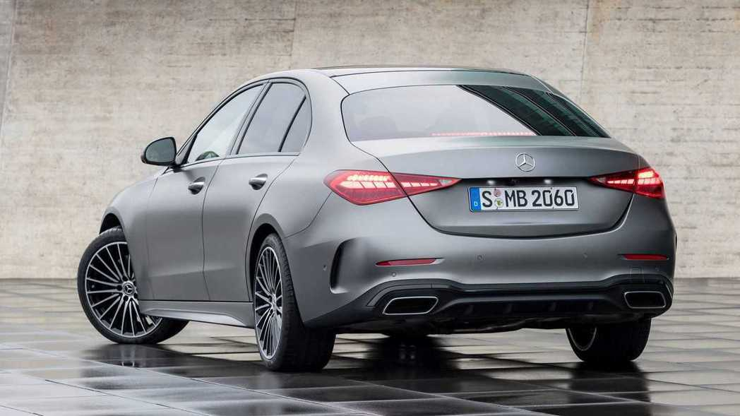 C-Class的後輪轉向系統最多可轉2.5度。 圖/Mercedes提供