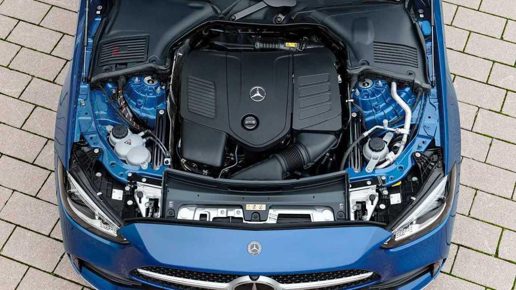 包括採用1.5升引擎的C180與C200,以及2.0升引擎的C300。 圖/Me...