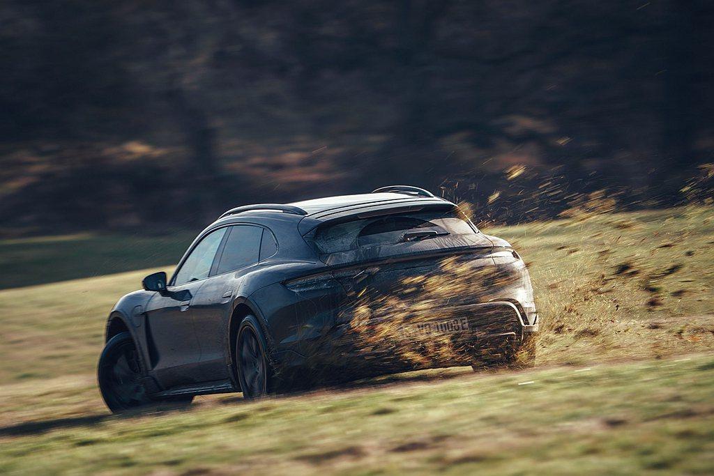 保時捷Cross Turismo的原型車目前為止的測試里程高達998,361公里...