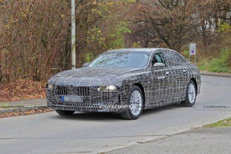 一箭三鵰!新世代BMW 7 Series三種不同動力車型同場測試中!