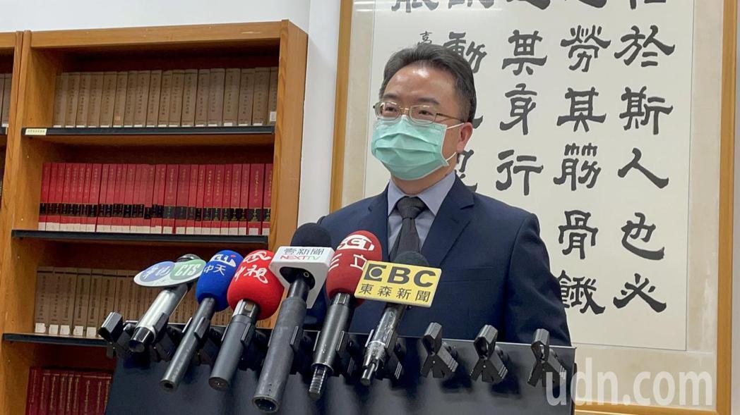 台南高分院發言人庭長陳連發指出,原審認無辨識違法能力,並據為鄭無罪判決,顯有不當...