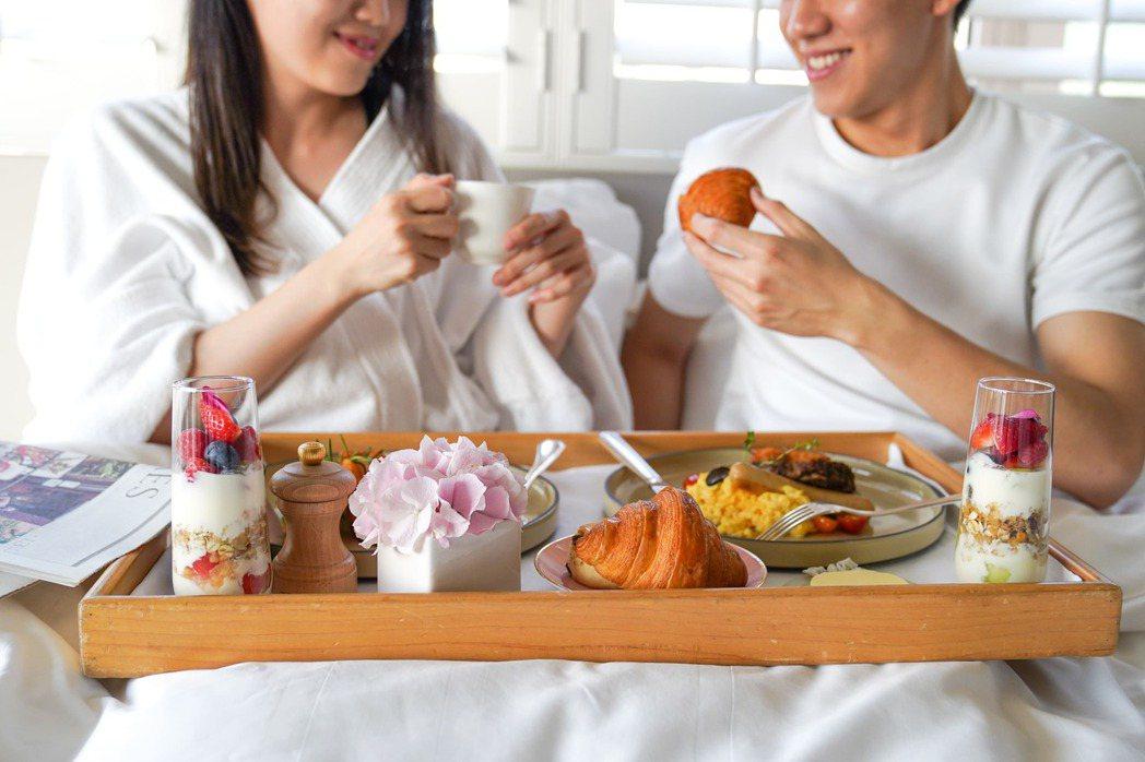 台北君悅酒店除了初春的「莓」好滋味,也有多款住房優惠。圖/台北君悅提供