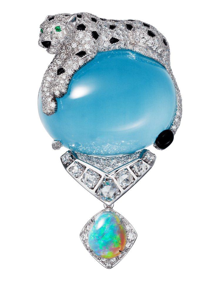 卡地亞頂級珠寶系列美洲豹貓眼海水藍寶胸針,1320萬元。圖/卡地亞提供