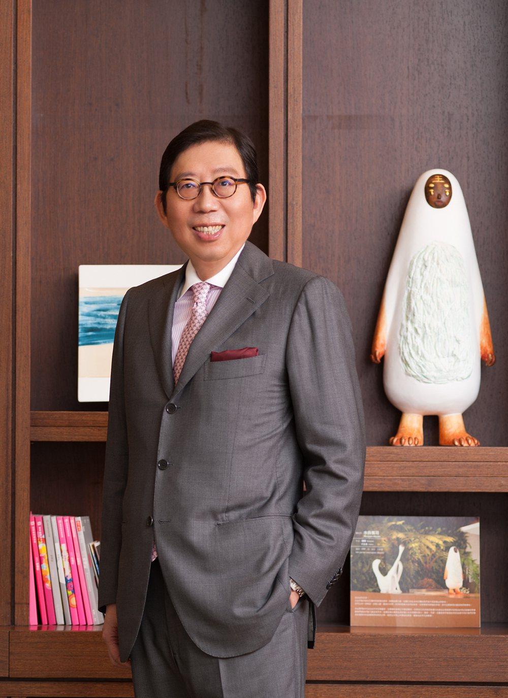 富邦金控董事長蔡明興表示,富邦金控連續兩年獲《Brand Finance》評選為...