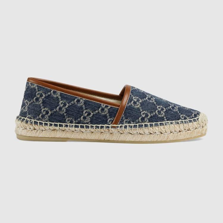 丹寧草編女士便鞋,18,500元。圖/Gucci提供