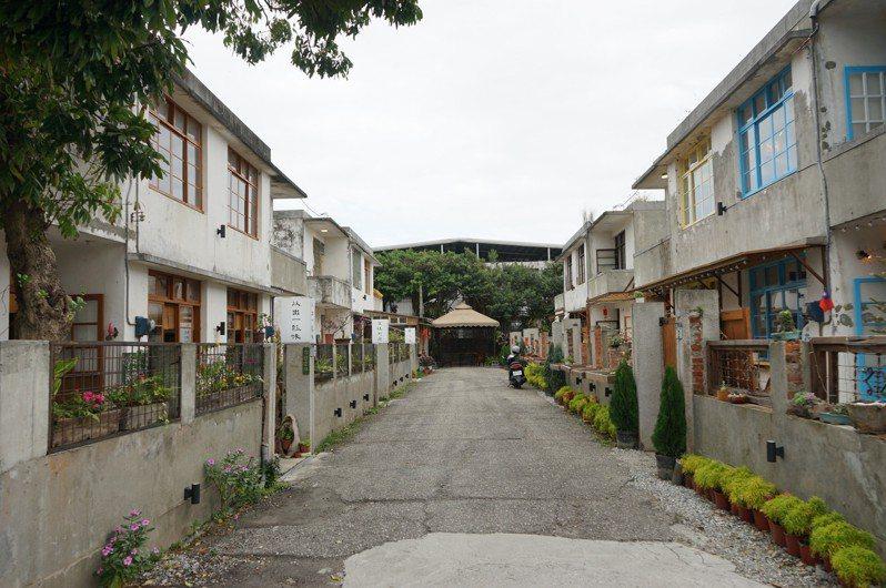 花蓮市仁愛街「又一村」隱身巷弄間,超過50年的老宅,別有一番風味。記者王燕華/攝影
