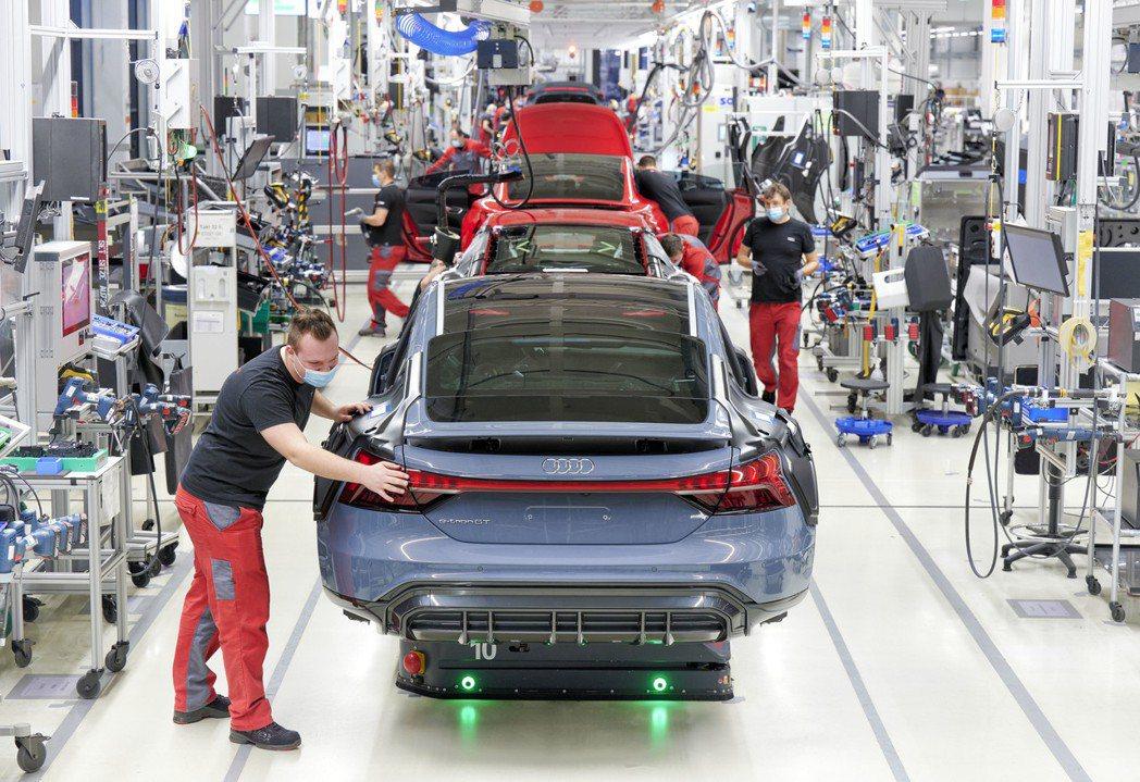 Audi e-tron GT是Audi第一款在德國生產的純電動車。 摘自Audi