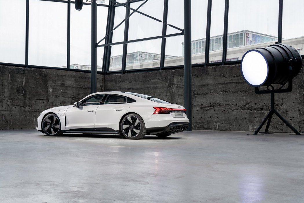 Audi e-tron GT quattro。 摘自Audi