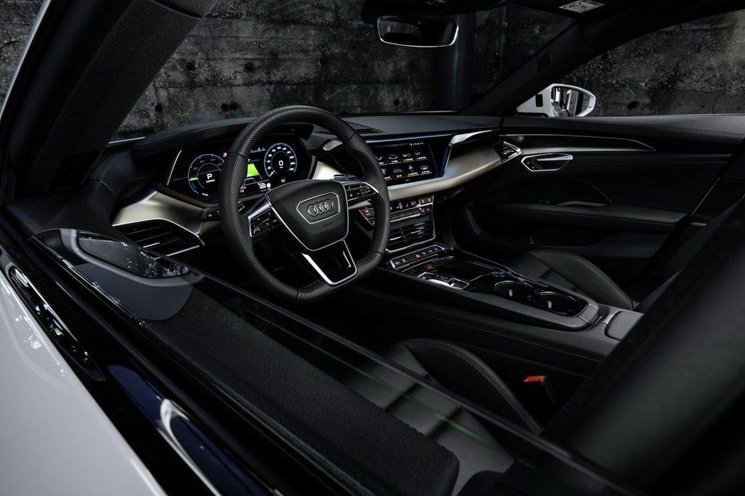 Audi e-tron GT quattro 內裝。 摘自Audi