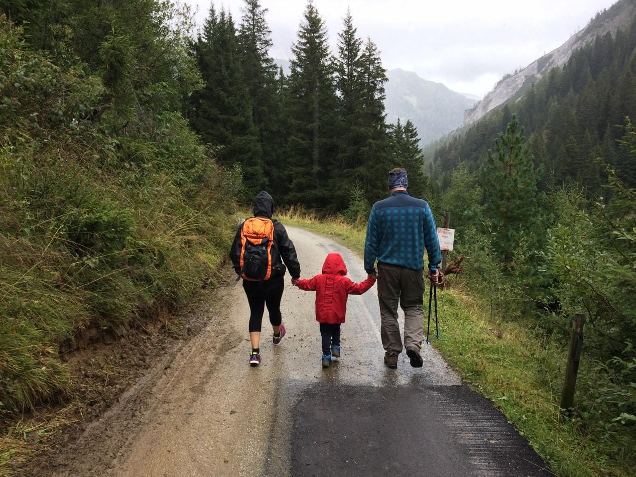 對於走入退休生活的樂齡族而言,最期待的可能是和三五好友或兒孫一起出外踏青旅遊 圖...