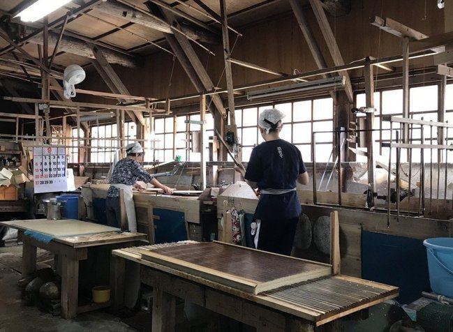 內子町傳統和紙工藝製作環境。 圖/精實文創、Setouchi Cominca S...