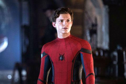 湯姆霍蘭德主演「蜘蛛人3」正式副標釋出,一改先前的「Phone Home」、「Home Wrecker」以及「Home Slice」,證實正式片名為「No Way Home:無回之戰」(暫譯為「無回...