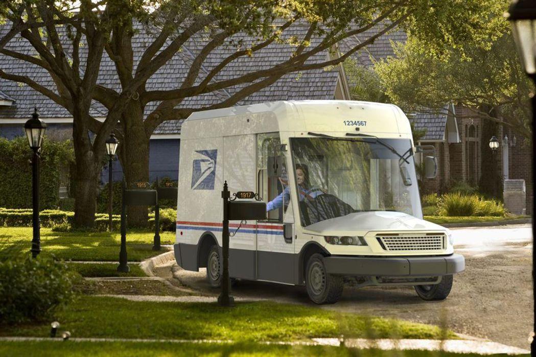 預計2023年上路的美國新款郵務車。擷自臉書@USPS