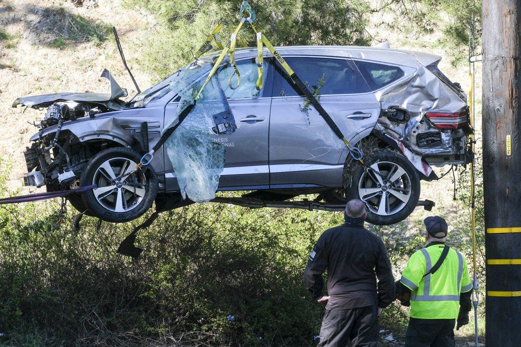 據警方透露,伍茲發生事故的路段相當危險,經常有駕駛在此處出事。美聯社