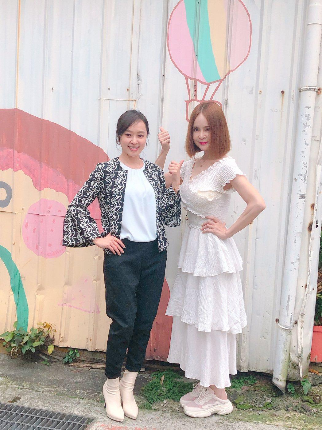 高勝美(右)和方雅賢一同為「歌之饗宴Ⅲ-愛之韻」演唱會造勢。記者林士傑/攝影