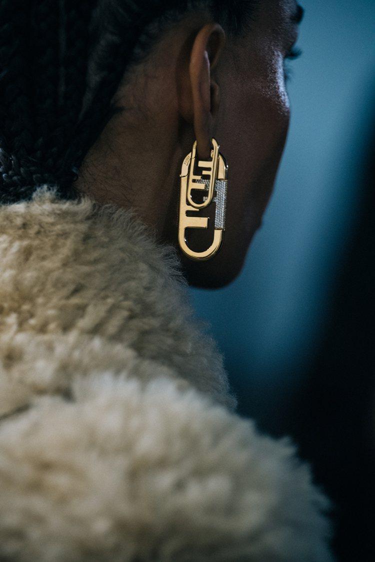 Delfina Delettrez Fendi設計的全新FENDI O'Lock...