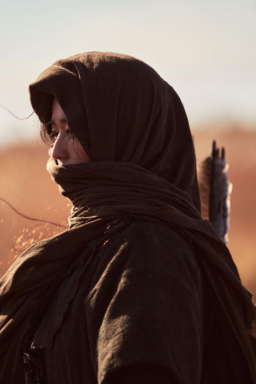 全智賢主演「屍戰朝鮮:雅信傳」曝光首張劇照。圖/Netflix提供