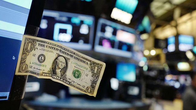 股市是一種「早鳥」賽局,亦即投資人如果比別人早買,且比其他人先賣,通常就能賺錢。...