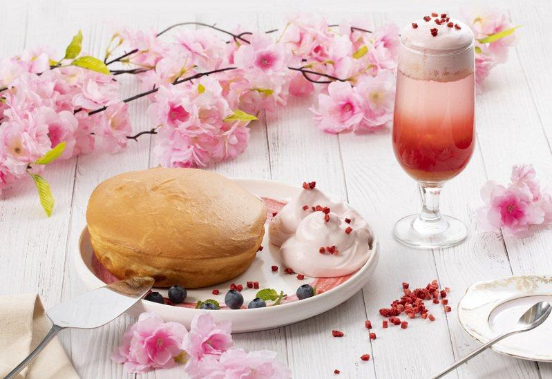 微兜.petit doux新推出的花季春色瓦帕鬆餅、春浪漫水果啵啵,增添滿滿春意。圖/微兜提供
