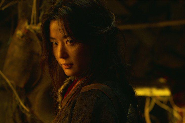 全智賢確定將演出「屍戰朝鮮:雅信傳」。圖/Netflix提供 林士傑