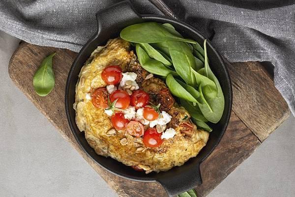 早餐中需要有足夠的蛋白質,蛋白質的補充可以從奶製品、豆漿、雞蛋、魚與肉來補充。 ...