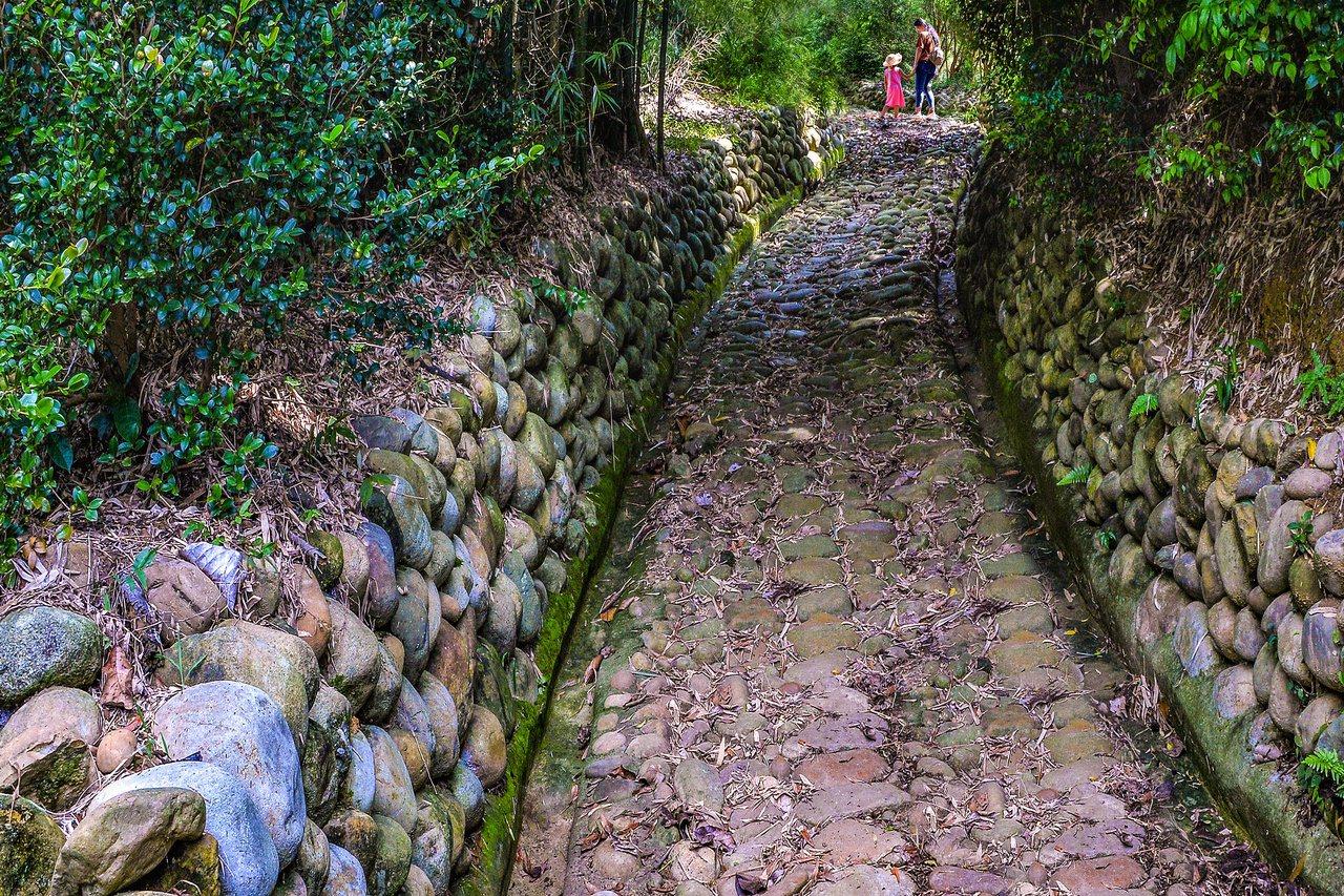 楊梅擁有3條古色古香日據時代遺留下的保甲關道。 圖/黃耀祿提供