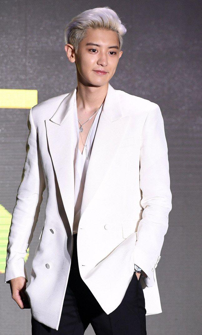 燦烈被曝3月當兵去。圖/擷自韓媒「sportsseoul」