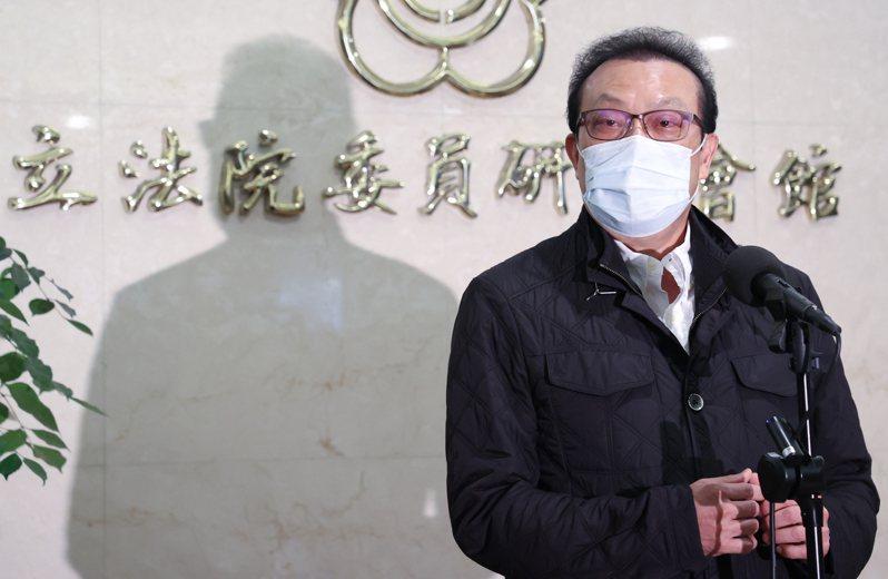 立委蘇震清下午宣布退出民進黨,他強調自己從政從不收回扣,SOGO案是為正義發聲。記者葉信菉/攝影