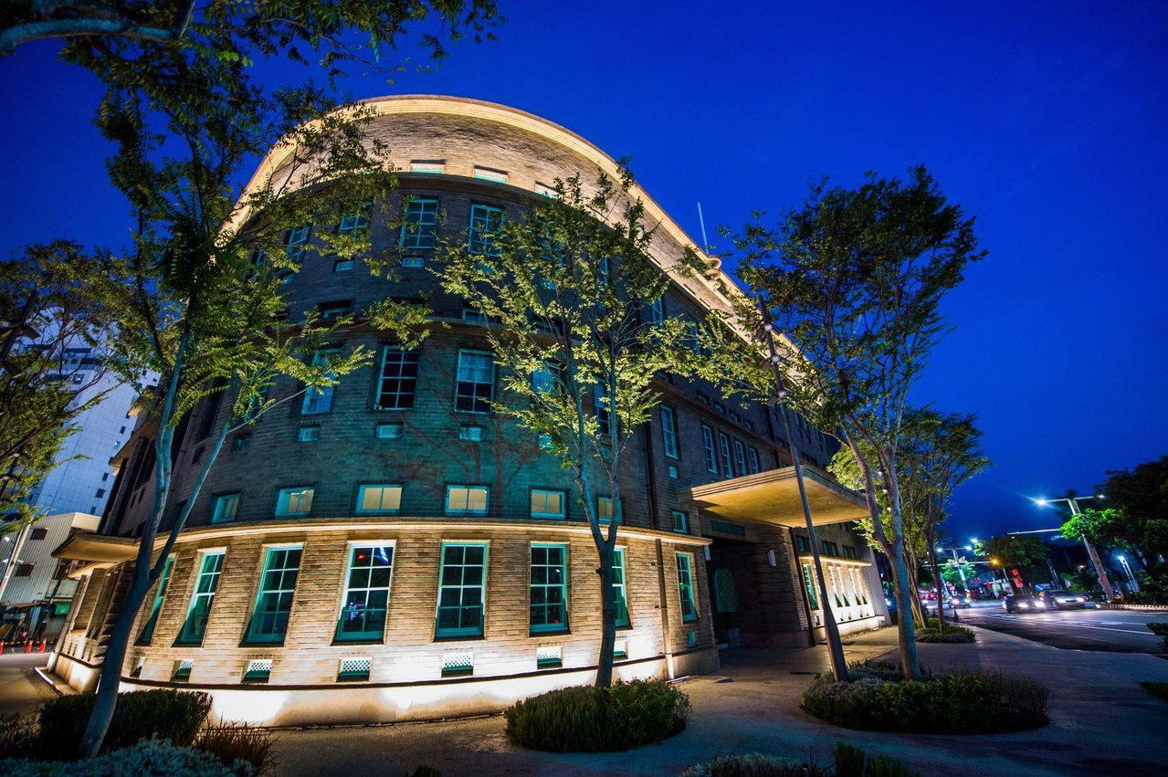 嘉義市立美術館剛啟用,外觀優美。 圖/嘉市府提供