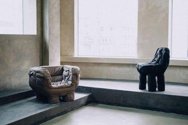 讓滯銷羽絨外套有新生命:韓籍設計師重製成防水、高舒適度的椅子