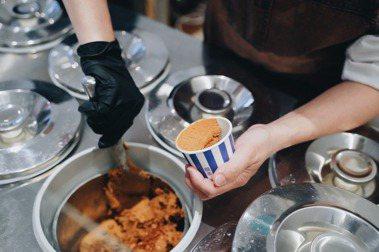 義式冰淇淋與咖啡,最細膩的融合:Double V、Simple Kaffa再聯名,8種人氣口味限時限量登場