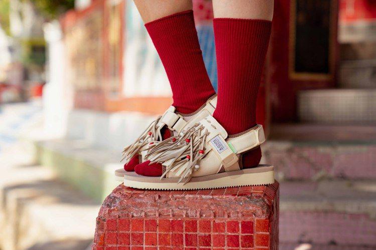 SUICOKE春夏系列涼鞋6,980元。圖/區勢有限公司提供