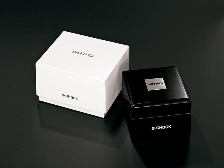 G-SHOCK的勝色頂級系列MRG表款,包裝採簡約黑白兩色設計。圖/Casio提...