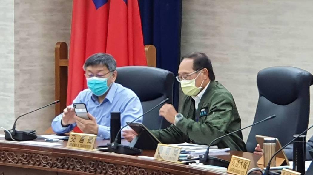 台北市長柯文哲26日上午參加交通會報。記者楊正海/攝影