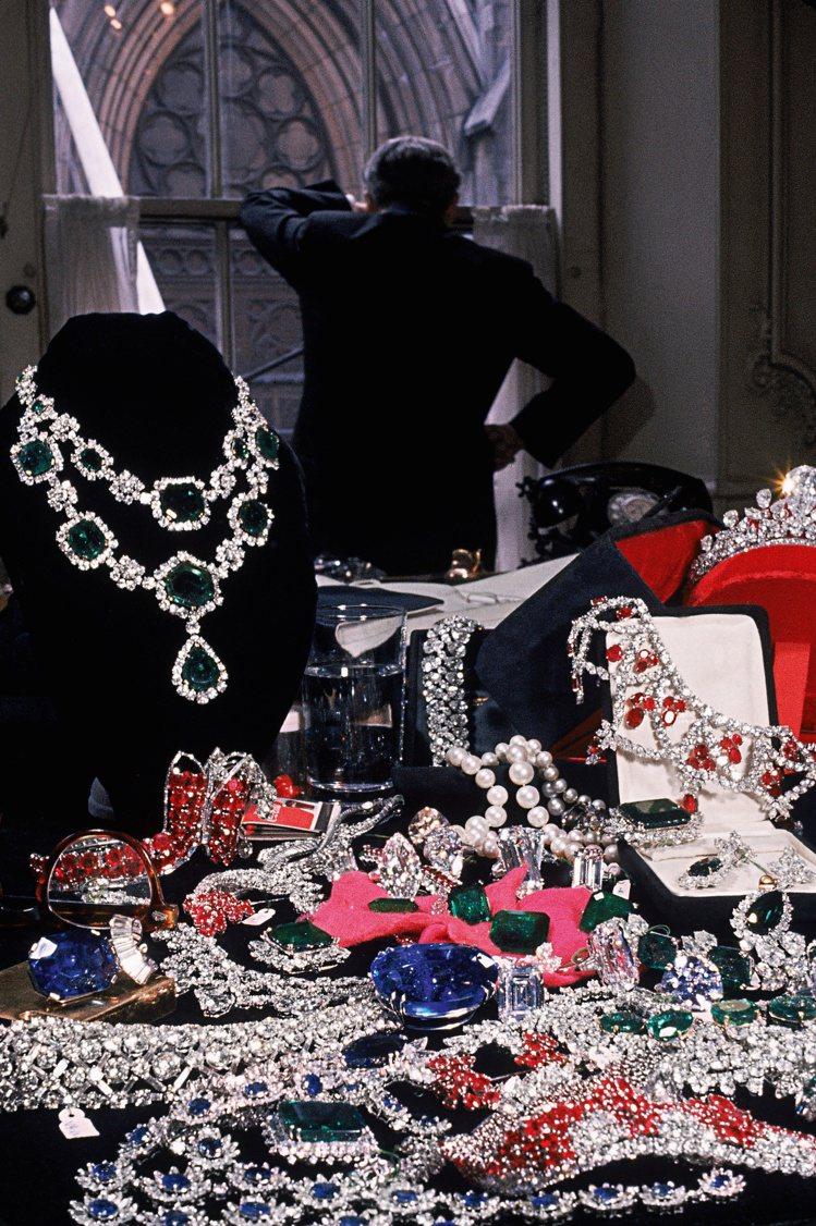 西元1896年,誕生於紐約的Harry Winton先生,註定成為當代頂級珠寶史...
