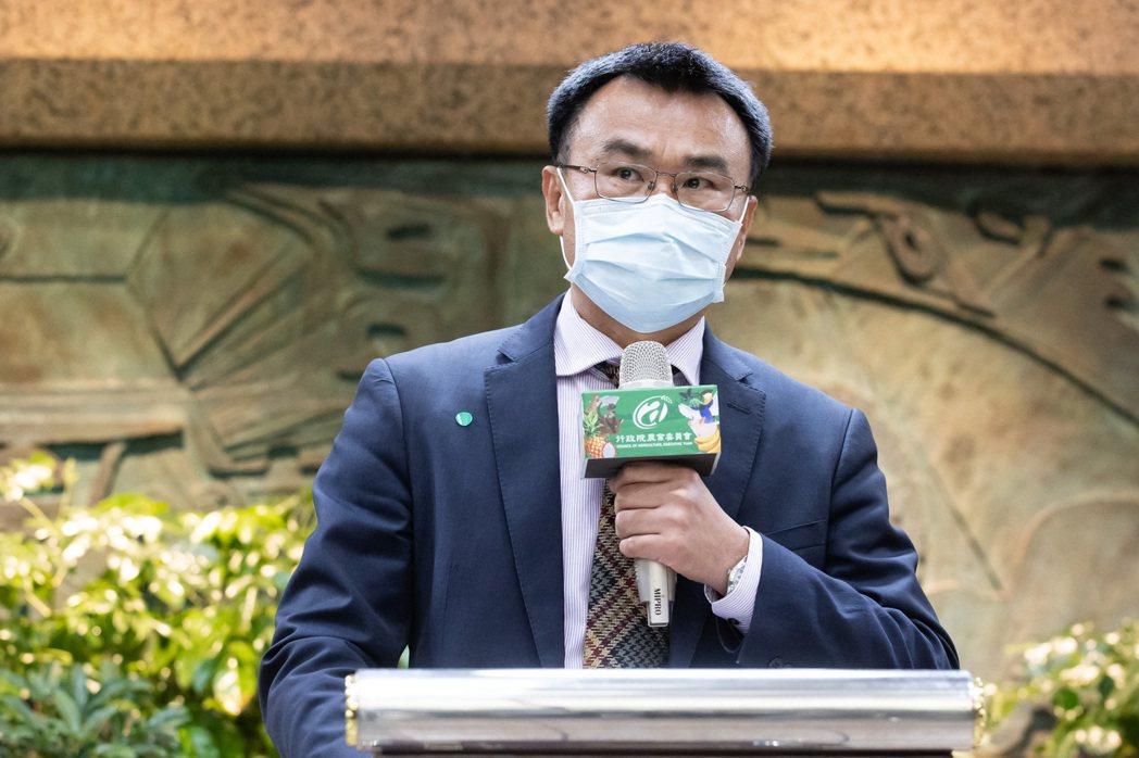 陳吉仲表示,中國大陸用有害生物阻止台灣鳳梨輸出到中國,完全不符合國際規範貿易規範...