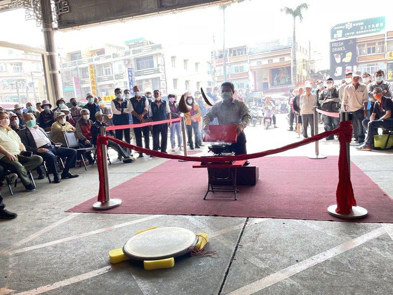 台南西港慶安宮辛丑香科今天杯選旗牌官及王船船長及大副、二副。圖/慶安宮提供