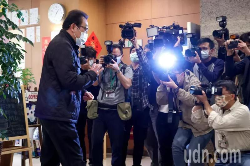 立委蘇震清下午宣布退出民進黨,他強調會持續尋求司法途徑來證明自己的清白。記者葉信菉/攝影