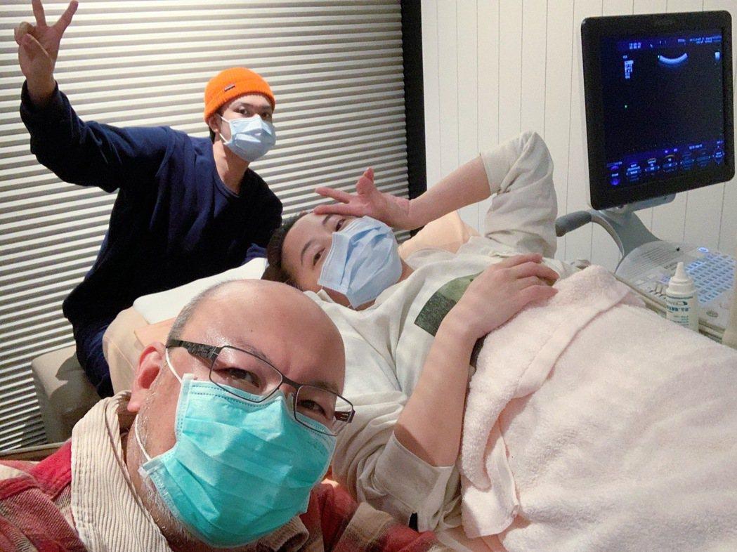 趙小僑日前還和老公劉亮佐、兒子劉子銓開心成功懷孕。圖/修毅提供